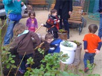 Early Head Start gardening at Rusk Ranch